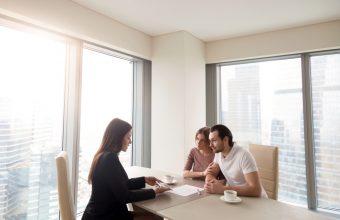 不動産の買取業者に家を売るメリットとデメリット
